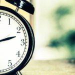 Wann soll ich schlafen gehen? Die perfekte Uhrzeit finden